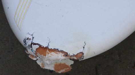 ウエイブボードの損傷具合